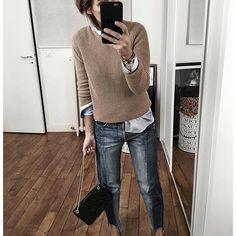 Tenue d'un autre jour ✨ Le blog a ete mis à jour, vous y trouverez tous les liens directs et des produits équivalents! • Cashmere Knit #ericbompard (from @ericbompard) • Shirt #oxenceparis (from @oxenceparis) • Jean #framedenim (from @netaporter) • Shoes #gucci • Bag #sezane (from @Sezane) ...