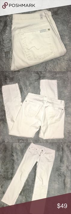 "7 for all mankind White Straight Leg Jeans 28 7 for all mankind White Straight Leg Jeans 28, very good condition. Inseam approx 29 1/2"", rise approx 7 1/2"" to top of waistband.  There are a few tiny smudge areas as is common with white jeans (I seem to get a smudge on them every time I touch them). 7 For All Mankind Jeans Straight Leg"