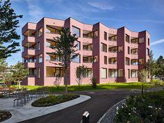best architects architektur award // Scheitlin Syfrig Architekten / Scheitlin Syfrig / Sunneziel Wohnhaus im Park / Wohnungsbau/Mehrfamilienhäuser