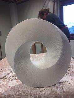Beeldhouwen in de Delftse Hout - Beautiful Woman Quotes Modern Art Sculpture, Organic Sculpture, Abstract Sculpture, Plaster Sculpture, Stone Sculpture, Sculptures, Delft, Ceramic Pottery, Ceramic Art