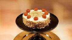 """Jasmines """"Surprise Pancakes"""" - Das große Backen - Sat.1 Pancakes, Desserts, Food, Cake Ideas, Dessert Ideas, Berries, Tailgate Desserts, Deserts, Essen"""