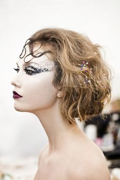 Karlie Kloss for Life Magazine by Gabrielle Revere, black swan makeup - beauty inspiration for GLOWLIKEAMOFO.com