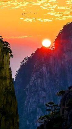 Beautiful Night Images, Beautiful Nature Pictures, Beautiful Nature Scenes, Beautiful Sunrise, Amazing Nature, Beautiful Landscapes, Video Nature, Nature Gif, Aesthetic Photography Nature