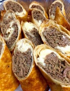 Philly Cheese Steak Egg Rolls These Philly Cheese Steak Egg Rolls are filled . - 'recipes to try - Egg Rolls Egg Roll Recipes, Beef Recipes, Cooking Recipes, Recipies, Pureed Recipes, Chicken Recipes, Recipes Using Egg Roll Wrappers, Eggroll Wrapper Recipes, Cooking Cake