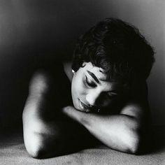 Photo Irving Penn, 1961, Leontyne Price (b. 1927) American soprano, New York.