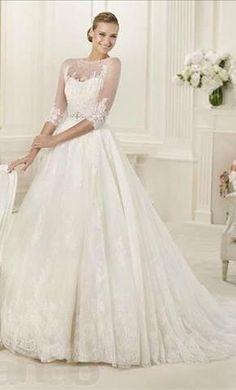Pronovias Dauco: buy this dress for a fraction of the salon price on PreOwnedWeddingDresses.com