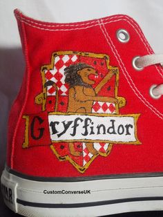 DIY. I think I'll do that transferring trick for a better picture of the Gryffindor House symbol. -A