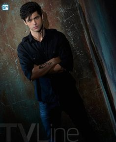 shadowhunters-season-2-alec