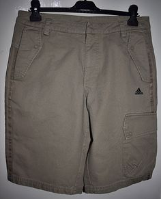 a2ad10dfa1c1 ADIDAS Three Stripes Mens Khaki Cargo Shorts Size Small Waist 30 32