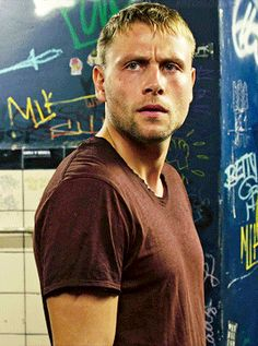 medical waste Max Reimelt, Max Thieriot, German Men, Celebs, Celebrities, Face Claims, Tv Series, Hot Guys, Beautiful People