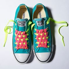 Converse Shoes - Shop Converse All Star Sneakers Ways To Lace Shoes, How To Tie Shoes, Ways To Tie Shoelaces, All Star, Shoe Lacing Techniques, How To Lace Converse, Diy Clothes And Shoes, Creative Shoes, Converse Sneakers
