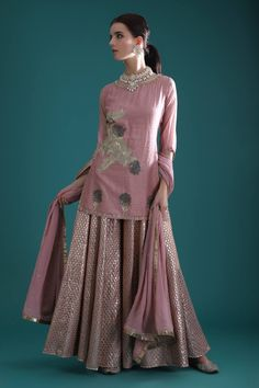 Dazzle in a regal charm at the next wedding soiree in this rich Breathe lehenga ensemble . Whatsapp us now for personal shopping experience! Indian Wedding Outfits, Indian Outfits, Bridal Outfits, Pakistani Dresses, Indian Dresses, Stylish Dresses, Fashion Dresses, Sharara Designs, Designer Party Wear Dresses