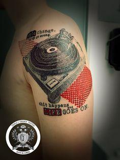Home – Triple-J Energy Tattoo – Tattoostudio Mondsee J Tattoo, Dot Work Tattoo, Mandala Tattoo, Fine Line Tattoos, Cool Tattoos, Tattoo Studio, Energy Tattoo, J Dot, Triple J