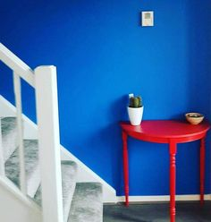 """Bold is beautiful and this Supreme Matt Emulsion in """"Cobalt"""" is no exception. Adding the """"Valentine"""" to the table is the icing on the cake. painted the table and supplied the paint for the wall. If you are near Nuneaton, pop in and see her! Behr Colors, Blue Paint Colors, Chalk Paint Colors, Wall Colors, House Colors, Colours, Blue Painted Walls, Blue Walls, White Walls"""