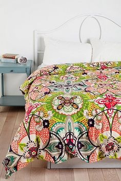 Watercolor Medallion Duvet Cover - Urban Outfitters