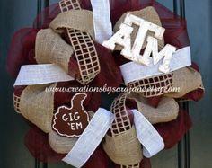 Mesh Texas A&M Wreath - Mesh Aggie Wreath with Gig 'Em and Burlap - Gig 'Em Wreath | Pinned by SECfootball101.com