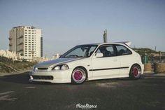 #Stanced Honda Civic Vtec