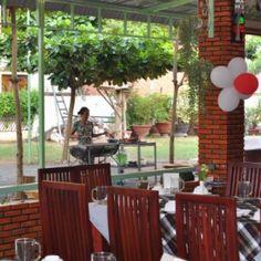 Lien Phat restaurant. http://www.chaudoctravel.com/2014/01/lien-phat-restaurant/