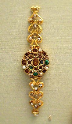 https://flic.kr/p/5srxkY | Roman blacelet | British Museum  Gold set with perals emeralds and sapphires 3c AD Tunis
