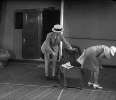 Discover & share this Harold Lloyd GIF with everyone you know. GIPHY is how you search, share, discover, and create GIFs. Hollywood Actor, Classic Hollywood, Harold Lloyd, Dancing Animated Gif, Film Pictures, Gifs, Old Movie Stars, Gangnam Style, Silent Film