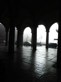 Nei colori della nebbia. Omegna, 29 01 18, Piemonte.