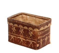 PASSAMAQUODDY BIRCH BARK BOX - Circa 1900 Oblong Box attributed to Tomah Joseph