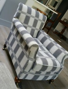 William Yeoward  fabric transforms this chair