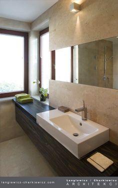 Wnętrze domu szeregowego. Łazienka. Projekt i realizacja: lengiewicz-charkiewicz.com #bathroom (fotografia: Hanna Długosz)