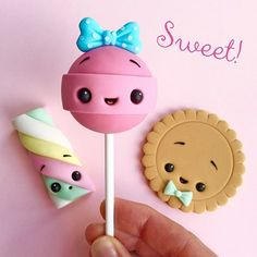 Sweet Sweets Cake Topper - Sweets - Fondant - Chewing Gum Paste - Kawaii Source by Fimo Kawaii, Polymer Clay Kawaii, Kawaii Crafts, Kawaii Diy, Fimo Clay, Polymer Clay Charms, Polymer Clay Creations, Polymer Clay Miniatures, Crea Fimo