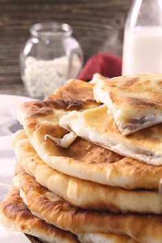 This Placinte Recipe comes from a Moldavian woman who shared the recipe with my mom. Placinte are round cheese-filled fried pastries. Romanian Desserts, Romanian Food, Romanian Recipes, Ukrainian Recipes, Russian Recipes, Russian Foods, Placenta Recipes, Fried Bread Recipe, Feta Cheese Recipes