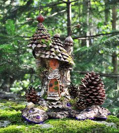 Everyone likes gnomes, and they are proud and happy parts of fairy gardens or magical wood, or at least they should. Gnomes tend to be recognized with white beards and pointed hats, usually red. Whether you are looking for your… Continue Reading → Fairy Garden Houses, Gnome Garden, Garden Art, Garden Ideas, Garden Projects, Fairy Gardening, Container Gardening, Fairy Village, Fairy Tree