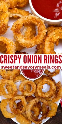 Crispy Onion Rings are golden, extra crunchy, and make for the perfect appetizer. #onionrings #appetizers #crispyonionrings #sweetandsavorymeals #sidedishes Easy Appetizer Recipes, Healthy Appetizers, Savoury Recipes, Easy Recipes, Dessert Recipes, Taste Restaurant, Onion Rings Recipe, Crispy Onions, Baked Pork Chops
