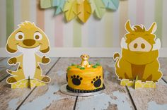 A Lion King inspired smash cake - so cute! Special thanks to Roots to Wings Photography for the beautiful photo!