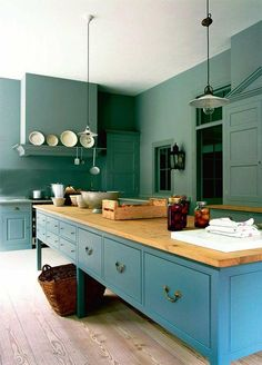 COCINA, color y made