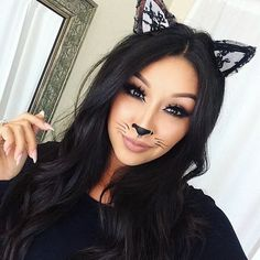 50 Pretty and Unique Makeup Looks For Halloween; the hottest Halloween makeup looks. The post 50 Pretty and Unique Makeup Looks For Halloween appeared first on Best Pins for Yours. Creepy Halloween Makeup, Pretty Halloween, Cat Costume Makeup, Halloween Halloween, Diy Cat Costume, Simple Halloween Makeup, Costume Ideas, Unique Makeup, Simple Makeup