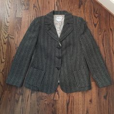 Rare & Gorgeous Armani Collezioni blazer Perfect condition black white and beige blazer. Blazer is high quality beautiful work. Lined Armani collezioni Jackets & Coats Blazers