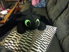How to make your own Toothless plushie! How to Train Your Dragon Toothless toy tutorial **omg pinning for later