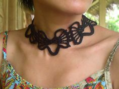 Butterfly-laces-1_small2.. Free pattern!