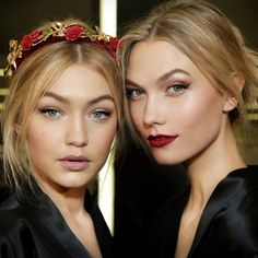 Gigi Hadid and Karlie Kloss- my idea of the perfect christmas makeup look