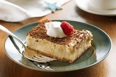Repin if tiramisu, mousse, and cheesecake are three words that instantly grab your attention! ;-)