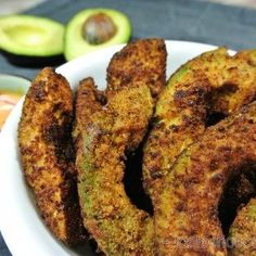 If you're looking for a delicious keto snack, these low carb avocado fries are the perfect solution! They only takes 15 minutes to make. Taste the goodness! Ketogenic Recipes, Low Carb Recipes, Cooking Recipes, Ketogenic Diet, Grilling Recipes, Lunch Recipes, Dinner Recipes, Low Carb Avocado, Fried Avocado