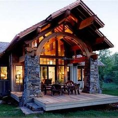 LOG CABIN- Visually, log homes tend to separate into two broad options. One is the historic style with dovetail corners and Chinking, that you see on our 55 Best Log Cabin Homes Modern page. Cabin Design, House Design, Garden Design, Arched Cabin, Cabins And Cottages, Small Cabins, Tiny Log Cabins, Log Cabin Homes, Cabins In The Woods