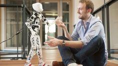 Poppy, a 3D-printed humanoid robot that defies conventions via IronLight ~ https://twitter.com/iron_light