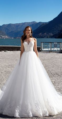 Milla Nova Bridal 2017 Wedding Dresses karolina / http://www.deerpearlflowers.com/milla-nova-2017-wedding-dresses/15/