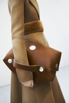 Celine Catalogue Winter 14 15 by Kira Bunse in 2019 Fashion Details, Look Fashion, Fashion Bags, Fashion Handbags, Autumn Fashion, Fashion Accessories, Fashion Trends, Woman Fashion, Women's Handbags