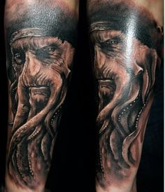 This Pirates of the Caribbean tattoo by GuilZekri uses stark contrast to create a realistic effect