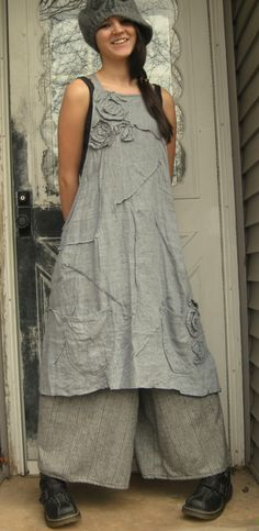 Gray Crossweave Linen Rose Apron Jumper S/M. $149.00, via Etsy.