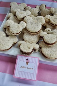 Birthday Party Ideas - Blog - MINNIE MOUSE ICE CREAM SHOP PARTY