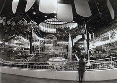 Joker's Hideout - Old Chicago Shopping Mall & Amusement Park, Bolingbrook, IL