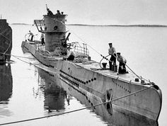ww2+submarines | Difference Types of Submarines and Underwater Vessels